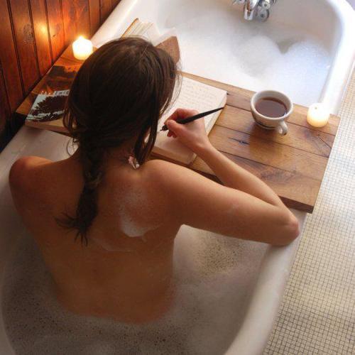 rasymas vonioje